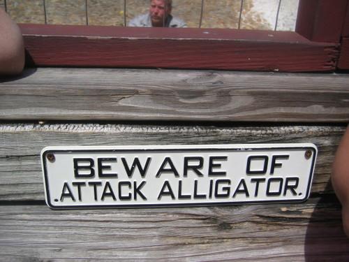 An amusing sign